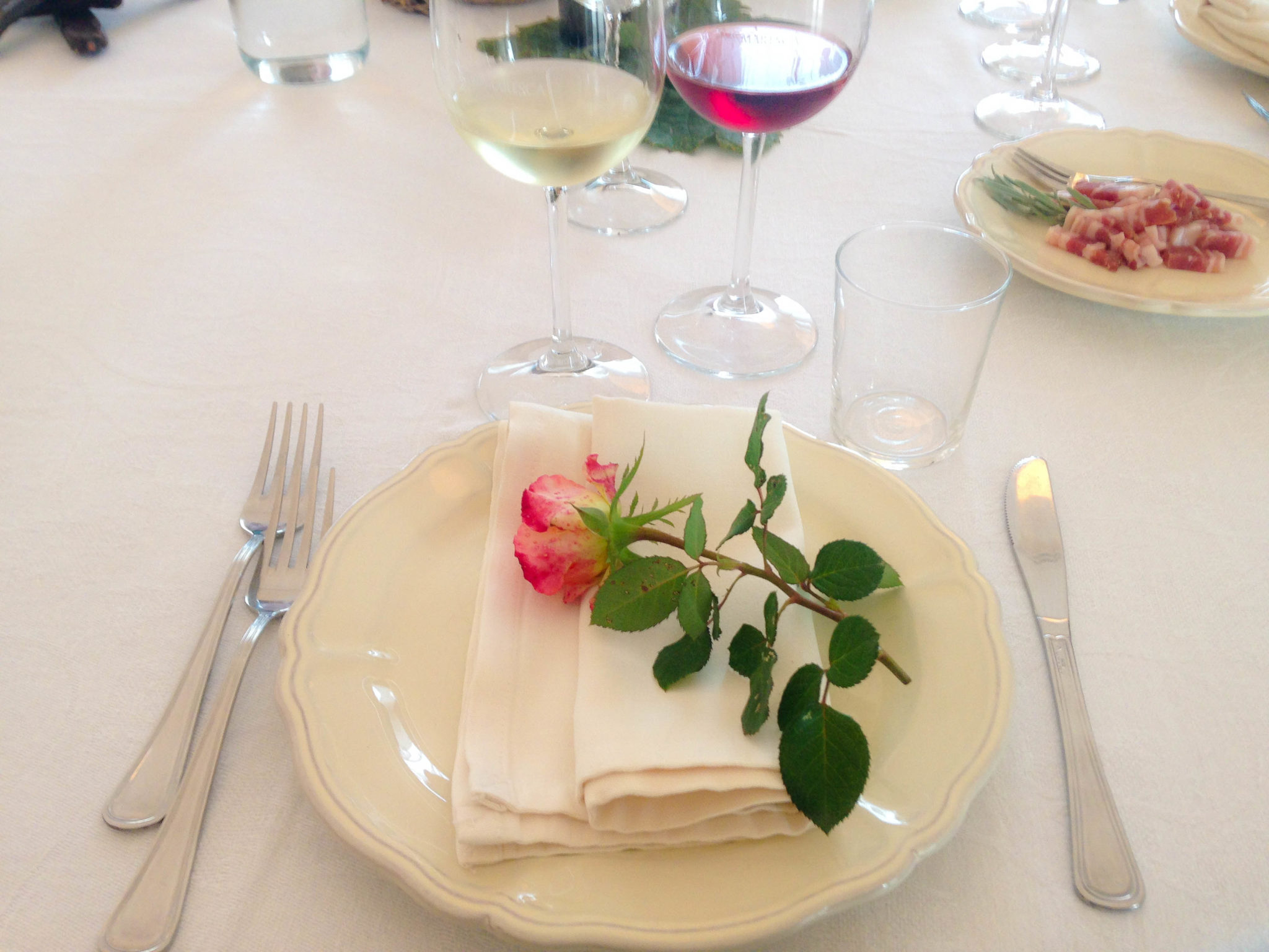 tormaresca-tablesetting
