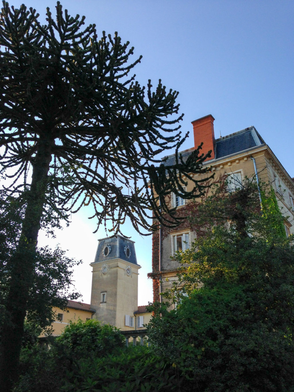 Château de Bellevue. Photo by Gloria J. Chang.